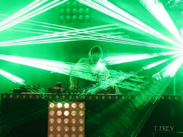 spectacle laser Besançon